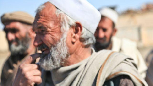 イスラム教徒、長いヒゲを生やして刑罰を科される - 実録