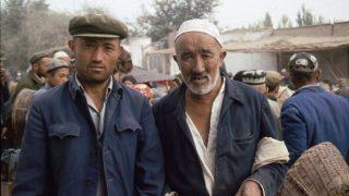 新疆のウイグル族(提供: 中国、新疆 – Flickr コモンズ)