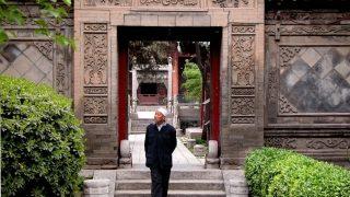 中国化の謎の新しい法律が中国のムスリムを急襲