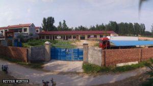 王杏蘭村の三自教会の元の外観。