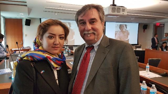 Bitter Winterのマルコ・レスピンティと新疆で受けた弾圧の衝撃的な、そして、時に悲劇的な体験を語ったミリグル・トゥルスン氏。