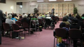 エホバの証人の信者たち、集会