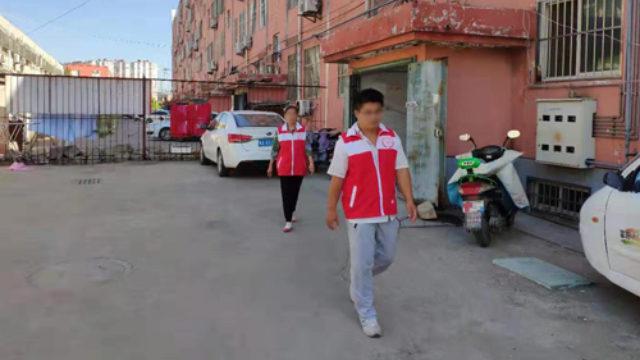 山東省のある地域を巡回するグリッド管理者たち。(インターネットより)