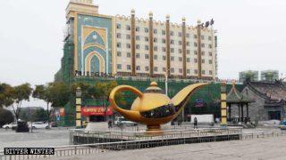 イスラム文化が内モンゴル自治区の通りから消える